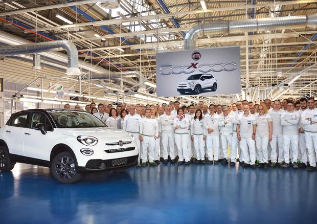 Fca verso l'alleanza con Renault, prove di fusione
