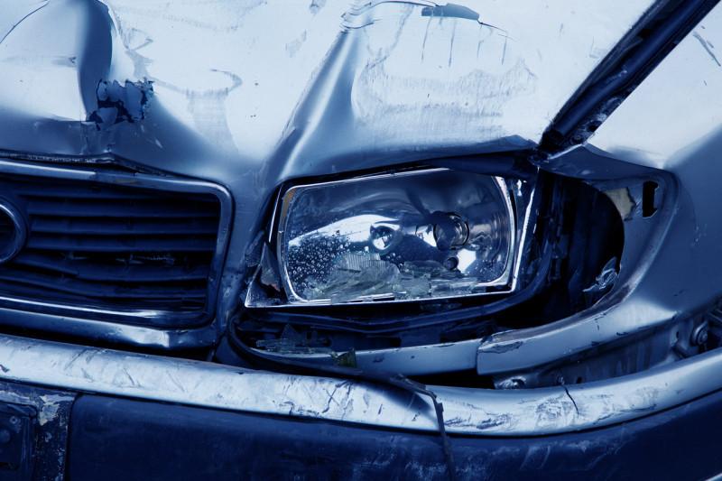 Incidenti 'combinati' per frodare l'assicurazione: in due alla sbarra – Cuneodice.it