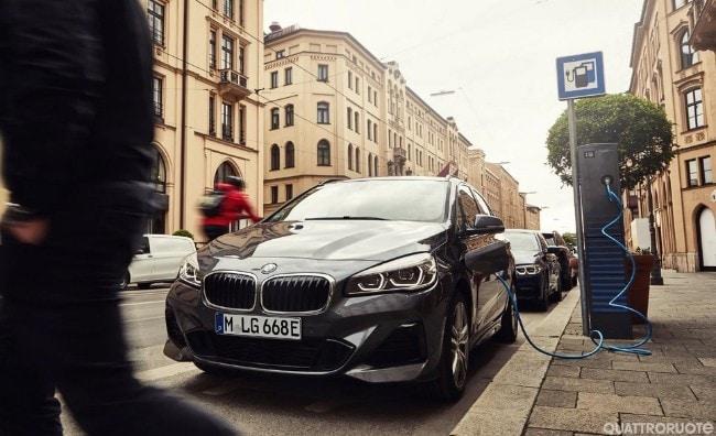 BMW, richiamo per alcune plug-in hybrid – Quattroruote.it